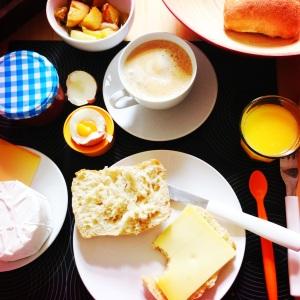 Frühstück.