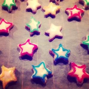 Nicht perfekt: angemalte Kekse.